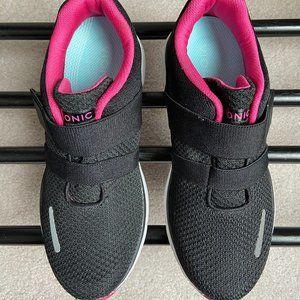 VIONIC Women Milan Slip On Sneakers